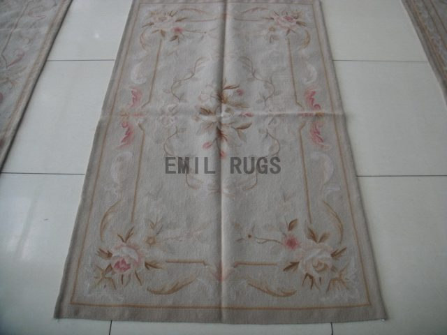 handmade 2.5' X 4.6' Ivory Field Ivory Border flat weave aubusson rug