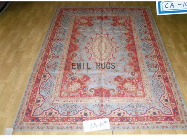 flat weave aubusson rug 8' X 10' Red Field Blue Border 100% New Zealand wool hand woven