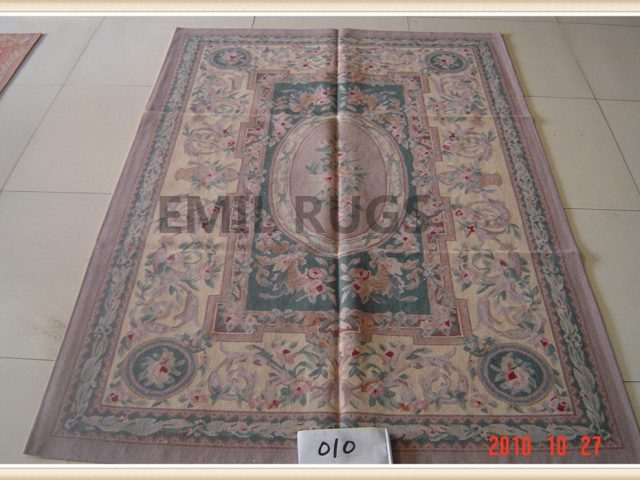 handmade 6' X 9' Green Field Yellow Border flat weave aubusson carpet