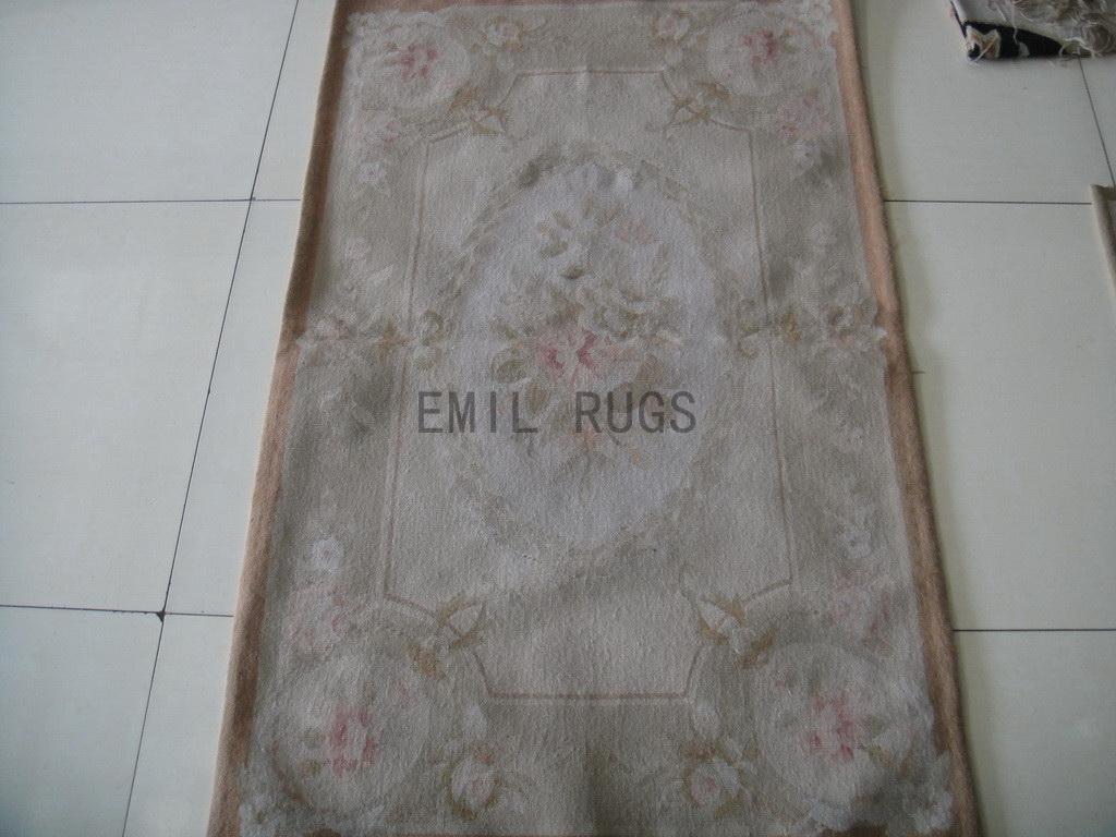 handmade 2.5' X 4.6' Ivory Field Gray Border flat weave aubusson rug