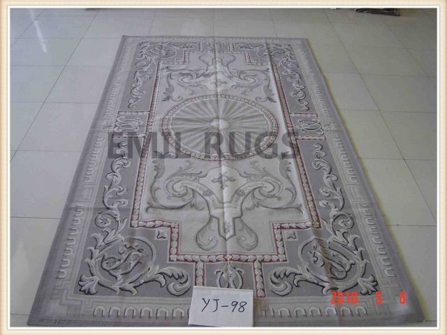 hand woven 6' X 9' Ivory Field Gray Border flat weave aubusson rug