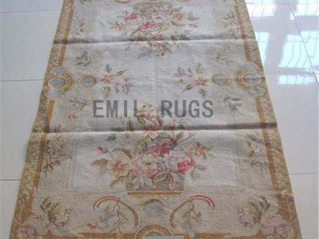 needlepoint rug 3' X 6' Ivory Field Brown Border authentic