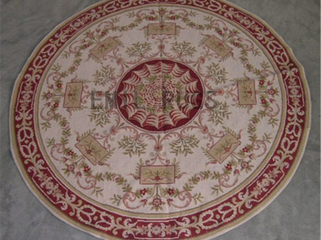 needlepoint rugs Round 6' X 6' Ivory Field Green Border handmade